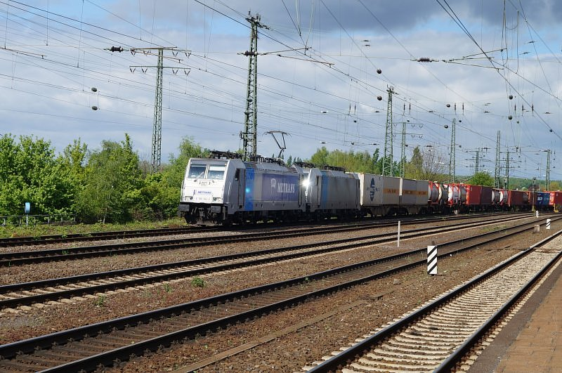 TRAXX RAIL POOL METRANS baureihe 186 182-2+186 141