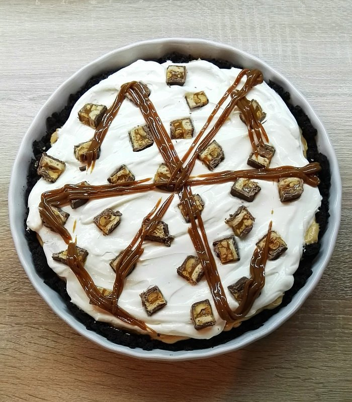Snickers pie:)