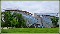 ....Fondation Louis Vuitton...